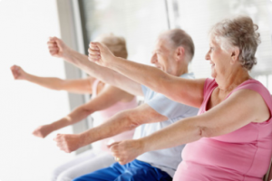 actividades-fisicas-residencia-ancianos-barcelona-solinatura